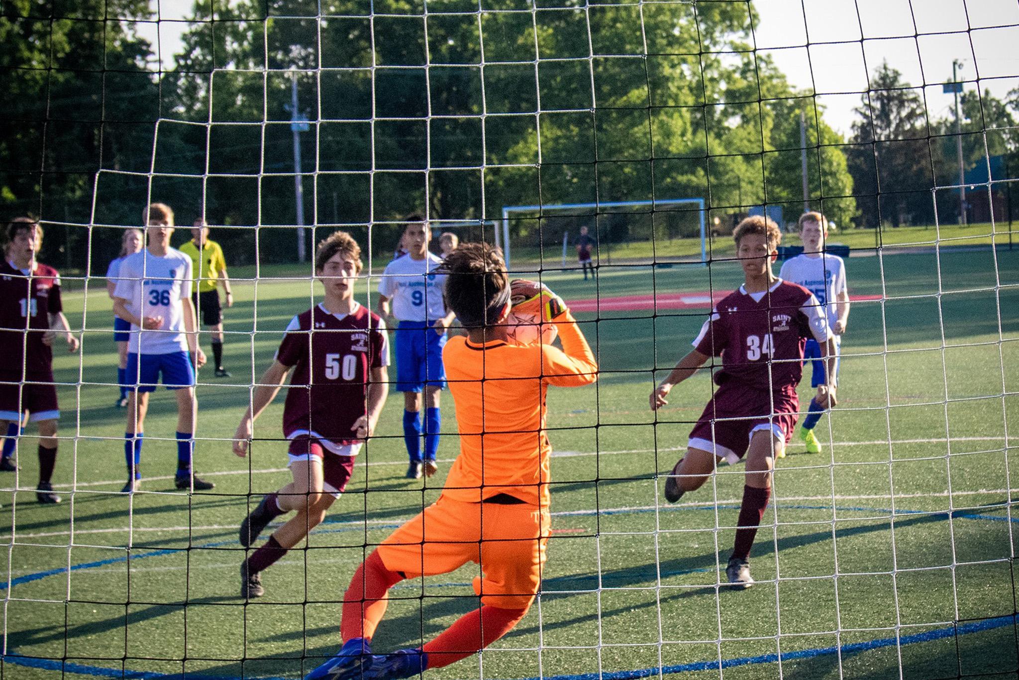 https://loucsaa.net/wp-content/uploads/2020/05/csaa-soccer-1.jpg